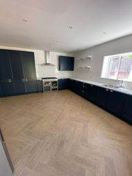 Thumbnail 7 bed terraced house to rent in St. Albans Crescent, London