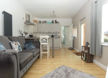 Thumbnail 1 bed flat to rent in Tankerton Road, Tankerton, Whitstable