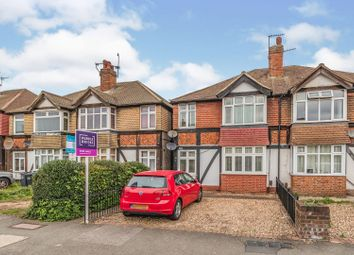 Clandon Terrace, Raynes Park SW20. 3 bed flat for sale