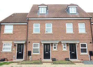 Thumbnail 3 bedroom terraced house to rent in Runnymede Lane, Kingswood, Hull