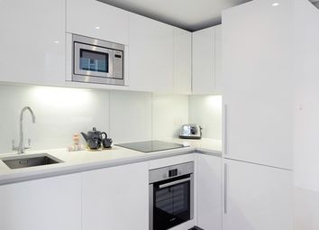 Thumbnail 3 bed flat to rent in East Harbet Road, Paddington