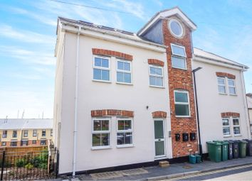 2 bed flat for sale in 72 Arctic Road, Cowes PO31