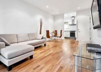 Thumbnail 2 bed flat to rent in Discovery Dock West, Canary Wharf