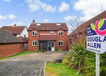 Thumbnail 5 bed detached house for sale in Anvil Way, Billericay, Essex
