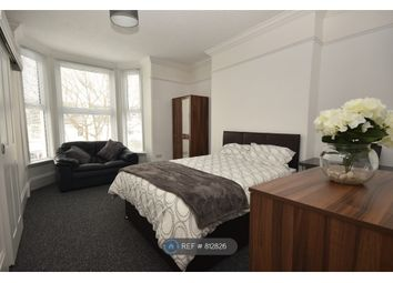 Room to rent in Campbell Road, Southsea PO5