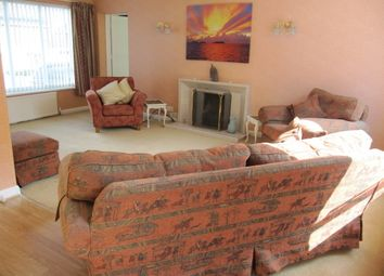 Thumbnail 3 bed link-detached house to rent in Westlands Road, Newbury