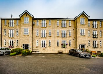 2 bed flat for sale in Rowlands Close, Thornton, Bradford BD13