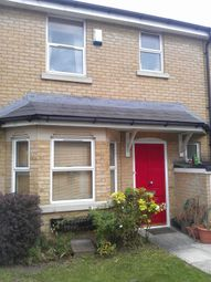 Thumbnail 2 bed detached house to rent in Clifden Road, London