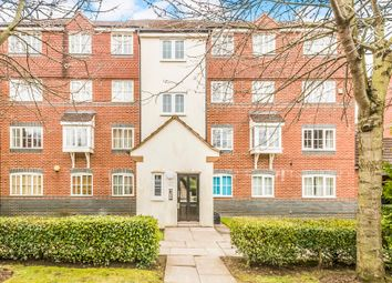 Thumbnail 2 bed flat for sale in Node Way Gardens, Welwyn
