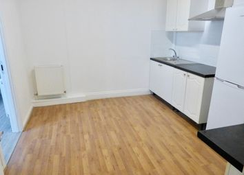 Thumbnail Studio to rent in Bridge Lane, London