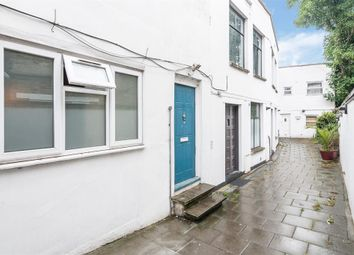 Thumbnail 3 bed flat to rent in Rectory Road, London