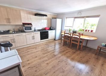Thumbnail 1 bed flat to rent in Clase Road, Swansea