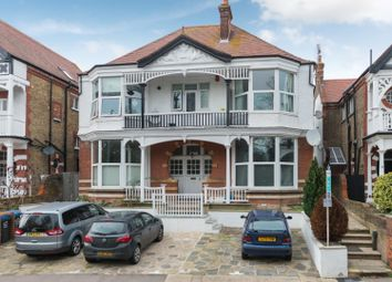 Park Road, Ramsgate CT11. 2 bed flat for sale