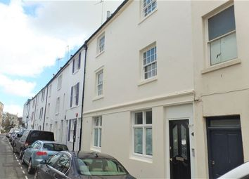 Thumbnail 3 bed flat to rent in Cross Street, Hove
