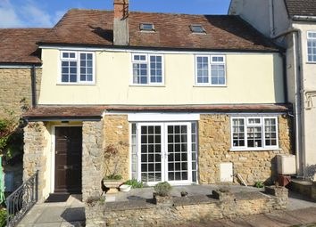 3 bed mews house for sale in Market Place, Wincanton BA9