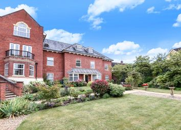 Thumbnail 3 bed flat for sale in Potters Place, Horsham