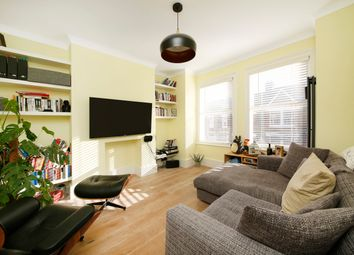3 bed flat to rent in Surrey Road, Nunhead SE15