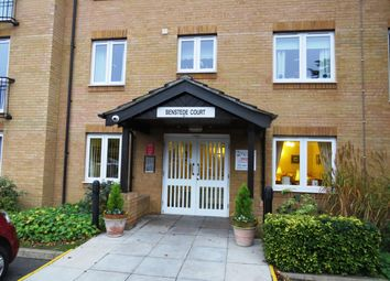Thumbnail 1 bed flat to rent in Brocket Road, Hoddesdon