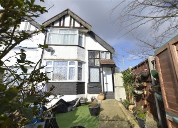 2 bed maisonette for sale in Oak Tree Dell, London NW9