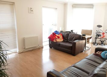 Thumbnail 3 bed flat to rent in Cheshire Street, Shoreditch