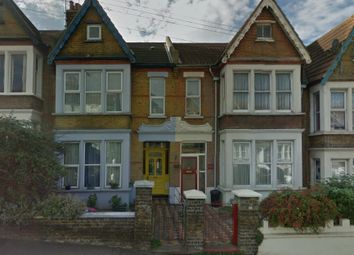 Thumbnail 2 bedroom flat to rent in York Road, Southend-On-Sea