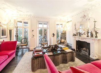 Thumbnail 5 bedroom terraced house for sale in Cheyne Walk, Chelsea, London