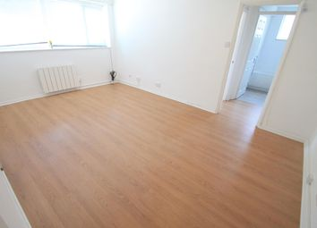 Thumbnail 1 bedroom flat to rent in Seymour Road, Luton