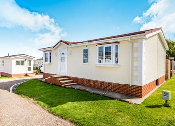 Thumbnail 2 bed mobile/park home for sale in Greenacres Caravan Site, Spilsby Road, Horncastle