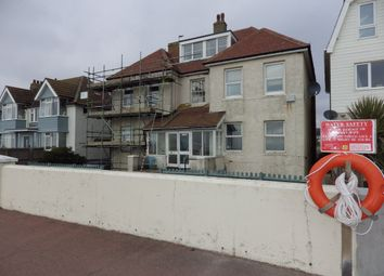 Thumbnail 2 bedroom flat to rent in Marine Parade, Hythe