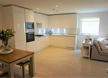 Thumbnail 2 bed flat for sale in Hillbrow Road, Bromley