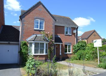3 bed detached house for sale in Meadowsweet Close, Thatcham RG18