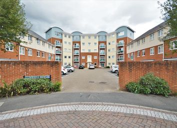 1 bed flat for sale in Grove Court, Redhill, Surrey RH1