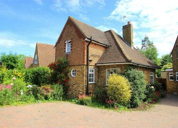 Thumbnail 3 bed cottage to rent in Chequers Orchard, Iver, Buckinghamshire