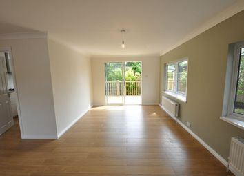 Thumbnail 2 bedroom mobile/park home for sale in The Larches, Bracknell