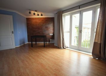 Thumbnail 2 bedroom flat to rent in Shalbourne Square, London