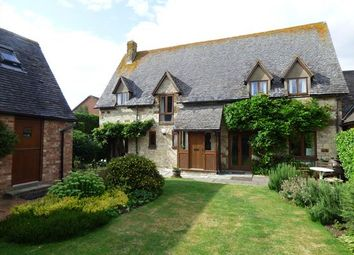 Thumbnail 3 bed detached house for sale in Banbury Road, Warwick, Warwickshire