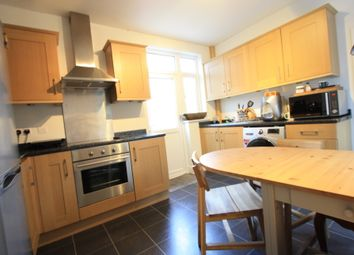 Thumbnail 1 bed flat to rent in Vale Cresent, Kingston Vale