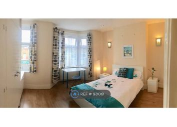 Thumbnail Room to rent in Rathfern Road, London