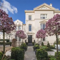 Thumbnail 6 bedroom terraced house for sale in Prince Albert Road, Regents Park, London