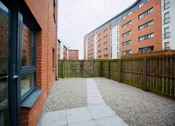 Thumbnail 3 bed flat to rent in South Victoria Dock Road, City Centre, Dundee