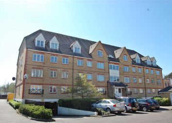 Thumbnail 1 bedroom flat to rent in Station Road, Elstree, Borehamwood