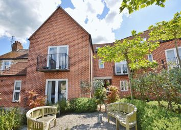 Thumbnail 3 bed flat for sale in Whitehound, Thame