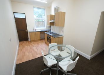 Thumbnail 2 bed flat to rent in Victoria Road, Hyde Park, Leeds