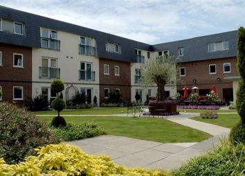 Thumbnail 1 bed flat for sale in Clyne Common, Swansea