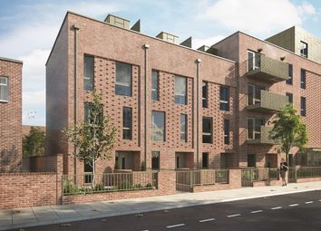 Thumbnail 4 bedroom town house for sale in Southampton Road, Camberwell, London