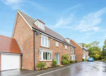 Thumbnail 4 bed town house for sale in Linnet Lane, Burgess Hill