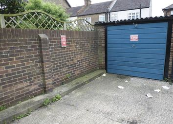 Thumbnail Property for sale in Kemsing Close, Thornton Heath