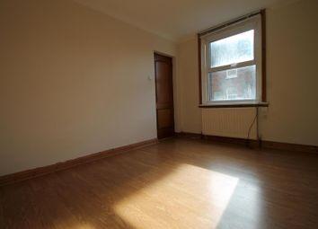 Thumbnail 1 bedroom flat for sale in Queens Road, East Grinstead