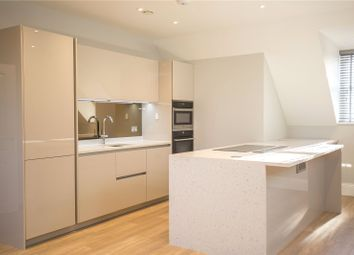 Thumbnail 2 bed flat to rent in Totteridge Lane, London
