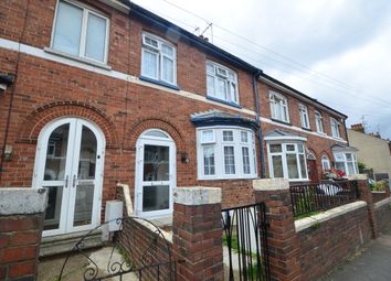 3 bed terraced house to rent in Valley Road, Gillingham ME7